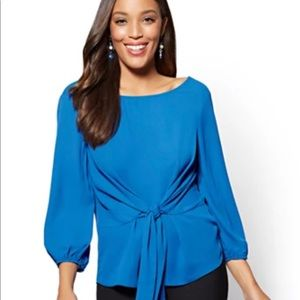 💙NWOT NY&C Tie-Front Blouse💙